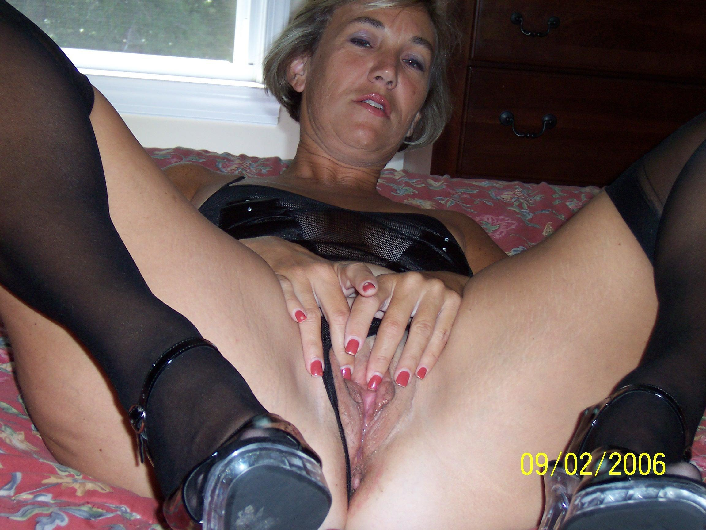 Real Homemade Solo Women Sex Photos at HomemadePornPass.com - Promo ...